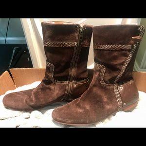 Timberland brown suede waterproof boots